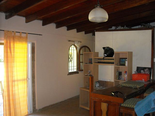 Casa Quinta B° Exaltación de la Cruz. – ALQUILADA – Ideal inversión con renta.