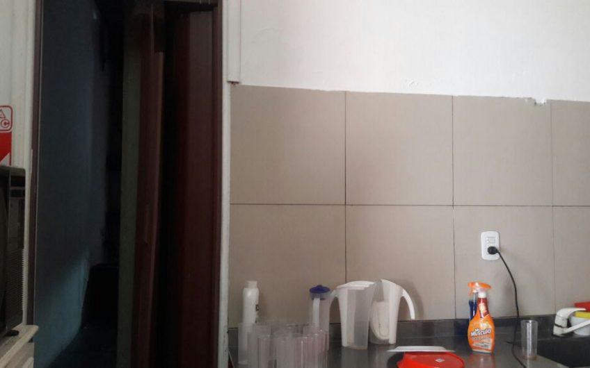 IMPORTANTE PROPIEDAD EN BLOCK – Salon de Fiestas Infantiles / Deposito / Deptos 3 Ambientes