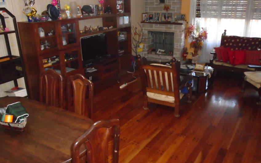 Importante Propiedad 5 Ambientes en Carapachay
