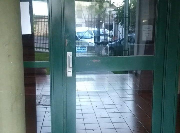 Muy Buen Departamento de 2 Ambientes en Complejo Semi Cerrado